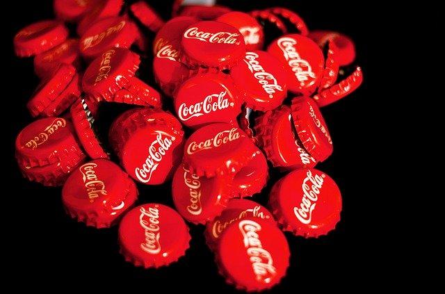 vrchnáky Coca Cola.jpg